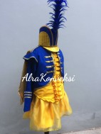 Kostum Mayoret 47